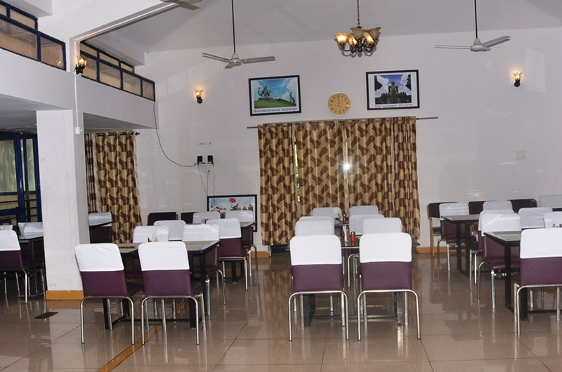 Hotel Mayura Riverview Srirangapatna