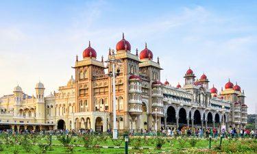 Mysore Palace while heading towards Bengaluru