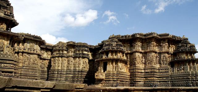 Mysuru-Shravanabelagola-Beluru and Halebeedu