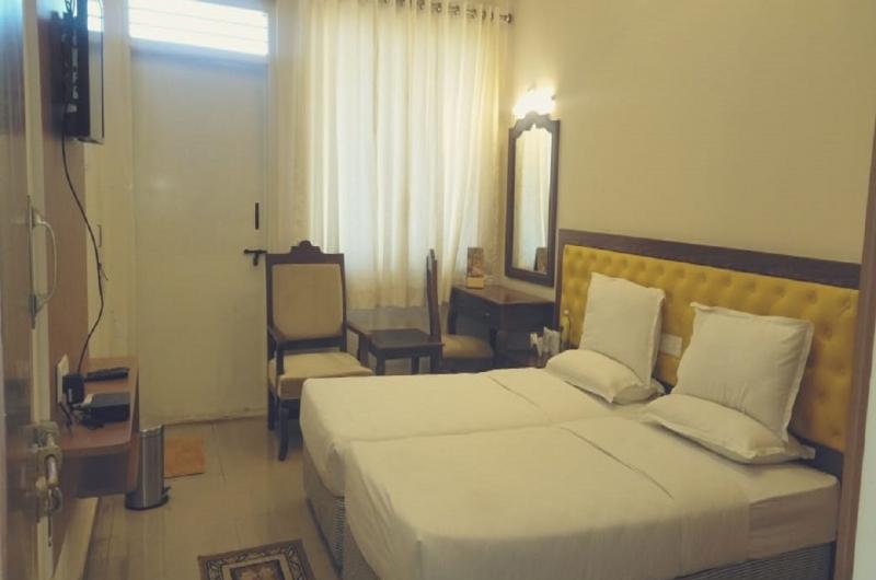 Hotel Mayura Biligiri