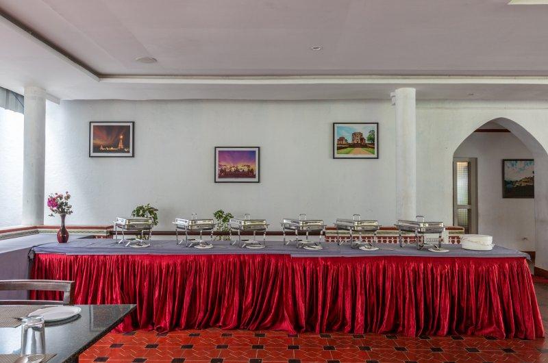 ಹೋಟೆಲ್ ಮಯೂರ ಭುವೇಶ್ವರಿ, ಹಂಪಿ